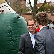 NLD/Edam/20080404 - Opening winkel Frank de Boer het Klooster in Edam, Frank de Boer met zakenpartner