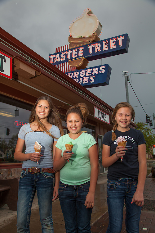 Enjoying ice cream cones at Tastee Treat in Prineville, Oregon