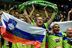 20-09-2013 VOLLEYBAL: EK MANNEN SERVIE - SLOVENIE: HERNING<br /> Slovenie support publiek<br /> ©2013-FotoHoogendoorn.nl<br />  / SPORTIDA