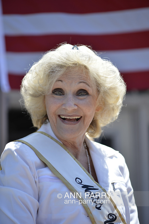 Wantagh, New York, USA. July 4, 2016. LYNN CLAYTON LUONGO, Miss Wantagh 1956, 76 years old, the first Miss Wantagh ever, participated in the 60th Annual Miss Wantagh Pageant crowning ceremony, an Independence Day tradition on Long Island. Clayton was the 1st Runner Up and Miss Congeniality in the 1958 New York State Miss Ameria Pageant. Since 1956, the Miss Wantagh Pageant, which is not a beauty pageant, crowns an area high school student based mainly on academic excellence and community service.