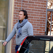 NLD/Laren/20070406 - Marco Borsato winkelend in Laren