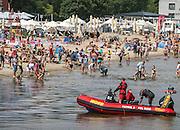 Patrol WOPR na plaży w Sopocie
