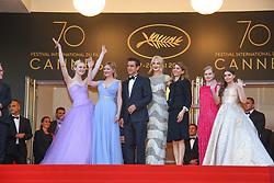 May 25, 2017 - Cannes, Provence-Alpes-Cote-D-Azur, France - Colin Farrell, Kirsten Dunst, Elle Fanning, Sofia Coppola, Nicole Kidman, Youree Henley, Angousie Rice et Addison Riecke sur le tapis rouge pour la projection du film THE BEGUILED / LES PROIES lors du soixante-dixième (70ème) Festival du Film à Cannes, Palais des Festivals et des Congres, Cannes, Sud de la France, mercredi 24 mai 2017. Philippe FARJON / VISUAL Press Agency (Credit Image: © Visual via ZUMA Press)