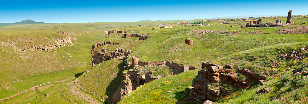 North Walls & Ravine around Ani archaelogical site on the Ancient Silk Road , Kars , Anatolia, Turkey .<br /> <br /> If you prefer to buy from our ALAMY PHOTO LIBRARY  Collection visit : https://www.alamy.com/portfolio/paul-williams-funkystock/ani-turkey.html<br /> <br /> Visit our TURKEY PHOTO COLLECTIONS for more photos to download or buy as wall art prints https://funkystock.photoshelter.com/gallery-collection/3f-Pictures-of-Turkey-Turkey-Photos-Images-Fotos/C0000U.hJWkZxAbg