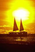 Sunset, Waikiki Beach, Waikiki, Oahu, Hawaii, USA<br />