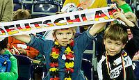 LEIPZIG -  kleine supporters van Duitsland in de nebenhalle  bij het WK Zaalhockey .  COPYRIGHT KOEN SUYK