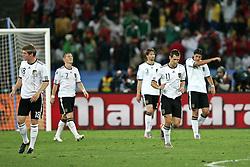 07.07.2010, Moses Mabhida Stadium, Durban, SOUTH AFRICA, Deutschland ( GER ) vs Spanien ( ESP ) im Bild Die deutschen Spieler nach dem 0:1 Tor - Toni Kroos ( Bayern Leverkusen #18 ) Bastian Schweinsteiger ( FC Bayern Muenchen #07 ) Arne Friedrich ( Hertha BSC #03 ) Miroslav Klose ( FC Bayern Muenchen #11 ) Sami Khedira ( VFB Stuttgart #06 ).Foto ©  nph /  Kokenge / SPORTIDA PHOTO AGENCY