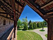 Biecz, widok na ratusz z murów obronnych.<br /> Biecz, view of the town hall from the ramparts.