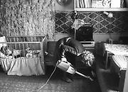 Pokój w mieszkaniu młodego małżeństwa na Krakowskim Kazimierzu. 1979 rok.