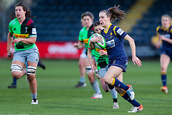 Abi Kershaw, races away from the Quins defence - Mandatory by-line: Nick Browning/JMP - 20/12/2020 - RUGBY - Sixways Stadium - Worcester, England - Worcester Warriors Women v Harlequins Women - Allianz Premier 15s