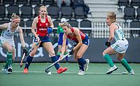 AMSTELVEEN -  Lily Owsley (Eng) met Catherine de Ledesma (Eng) en links Hannah Matthews (Ier) en rechts Sarah Hawkshaw (Ier)  tijdens de wedstrijd dames , Ierland-Engeland (1-5) bij het  EK hockey , Eurohockey 2021.COPYRIGHT KOEN SUYK