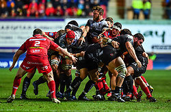 Toulon pack control the drive<br /> <br /> Photographer Craig Thomas/Replay Images<br /> <br /> European Rugby Champions Cup Round 5 - Scarlets v Toulon - Saturday 20th January 2018 - Parc Y Scarlets - Llanelli<br /> <br /> World Copyright © Replay Images . All rights reserved. info@replayimages.co.uk - http://replayimages.co.uk
