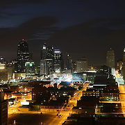 A panoramic view at night time of Kansas City, Missouri, USA.<br /> Kansas City, or K.C., is the largest city in the state of Missouri. It is the 37th–largest city by population in the United States and the 23rd–largest by area. Kansas City, Missouri, USA.10th August 2015. Photo Tim Clayton