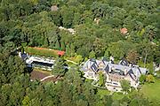 Nederland, Noord-Holland, Laren, 27-08-2013; Gooi, landhuis Marc Schroeder (zoon van Martinair oprichter Martin Schroeder). Voormalige eigenaar van Tango.<br /> Home of Martin Schroeder's (son of Martinair founder), countryhouse.<br /> luchtfoto (toeslag op standaard tarieven);<br /> aerial photo (additional fee required);<br /> copyright foto/photo Siebe Swart.