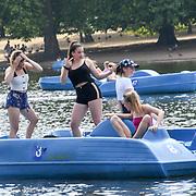UK Weather - The longest Heatwave continues in Hype park, London, UK