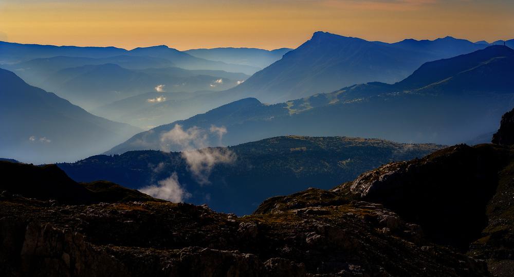 Dolomite Dawn View. Pozza Tramontana.