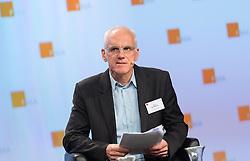 """05.10.2016, Austria Center Vienna, Wien, AUT, FMA, 7. Aufsichtskonferenz unter dem Generalthema """"Finanzmarkt 2.0 – (R)evolution?"""", im Bild Boris Gröndahl (Bloomberg News) // Boris Groendahl (Bloomberg News) during convention of the Financial Market Supervision in Austria in Vienna, Austria on 2016/10/05, EXPA Pictures © 2016, PhotoCredit: EXPA/ Michael Gruber"""