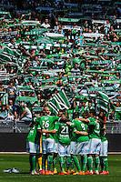 Equipe Saint Etienne / Ambiance - 26.04.2015 - Saint Etienne / Montpellier - 34eme journee de Ligue 1<br />Photo : Jean Paul Thomas / Icon Sport