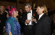 Zandra Rhodes and Stuart Rose. British Fashion awards 2005. V. & A. Museum. Cromwell Rd. London.   10  November 2005 . ONE TIME USE ONLY - DO NOT ARCHIVE © Copyright Photograph by Dafydd Jones 66 Stockwell Park Rd. London SW9 0DA Tel 020 7733 0108 www.dafjones.com