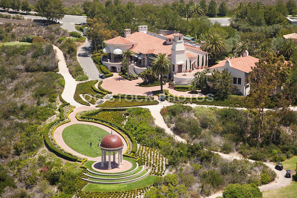 Outdoor Weddings at Mar Vista Venue and the Event Lawn at the Pelican Hill Resort in Newport Coast California