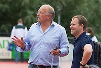 ROTTERDAM -  Coach Reinoud Wolff  van HC Rotterdam met assistent Bartel Berkhout tijdens de voorbereiding voor het hoofdklasse heren seizoen 2014/2015. COPYRIGHT KOEN SUYK