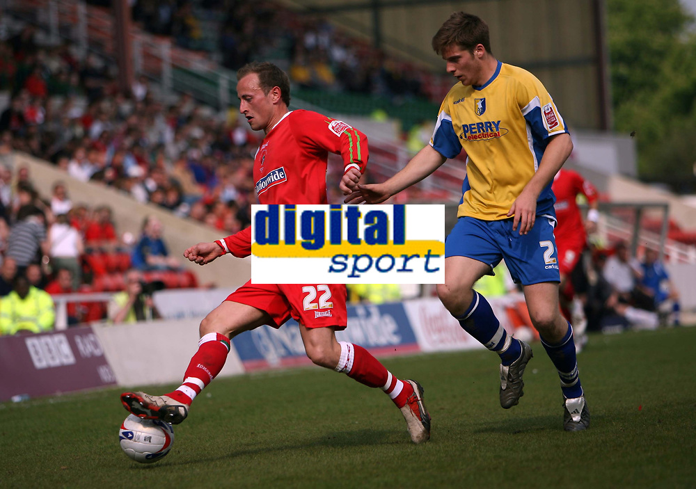 Photo: Rich Eaton.<br /> <br /> Swindon Town v Mansfield Town. Coca Cola League 2. 21/04/2007. Blair Sturrock left of Swindon and John Mullins right of Swindon