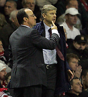 Photo: Paul Thomas.<br />Liverpool v Arsenal. The FA Barclays Premiership. 28/10/2007.<br /><br />Managers Rafael Benitez (L) of Liverpool and Arsene Wenger (R) of Arsenal get close.