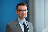 DEU, Deutschland, Germany, Berlin, 20.08.2018: Portrait von Dr. Marco Buschmann, 1. Parlamentarischer Geschäftsführer der FDP-Bundestagsfraktion.