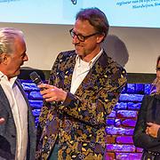 "NLD/Amsterdam/20170413 - boekpresentatie ""Buurman, wat doet u nu"", Huub Stapel en Tatjana Simic"