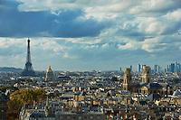 France, Paris (75), église Saint-Sulpice , la Tour Eiffel et les Invalides // France, Paris, Saint-Sulpice church, Eiffel Tower and Hotel des Invalides