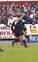 Fotball, 1. divisjon, herre, 1. november 2003, Fredrikstad FK (FFK) vs Oslo Øst 4-1, Richardur Dadson storspilte<br /><br />Fotograf: kurt Pedersen