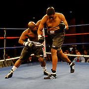 Anthony Taylor vs Anthony Byoune