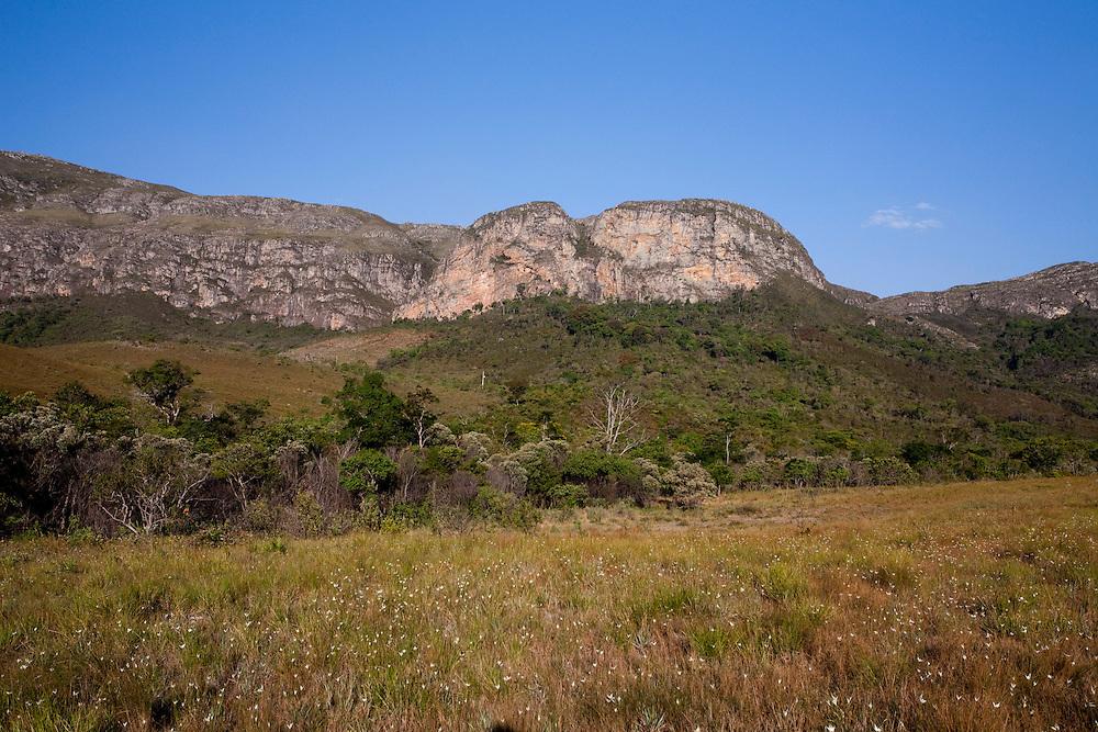 Santana do Riacho_MG, Brasil...Paisagem no Alto Palacio no Parque Nacional da Serra do Cipo...The landscape in Alto Palacio in the Serra do Cipo National Park...Foto: JOAO MARCOS ROSA / NITRO