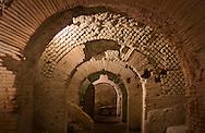 Napoli sotterranea,criptoportico d'epoca Romana, Area mercato coperto.Naples underground, the Cryptoporticus from the Roman era which housed the covered market.