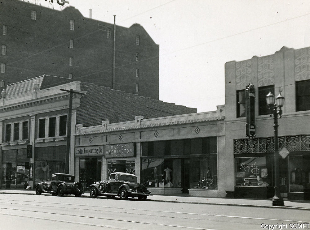 1934 Stores on north side of Hollywood Blvd. between Highland Ave. & McCadden Pl.