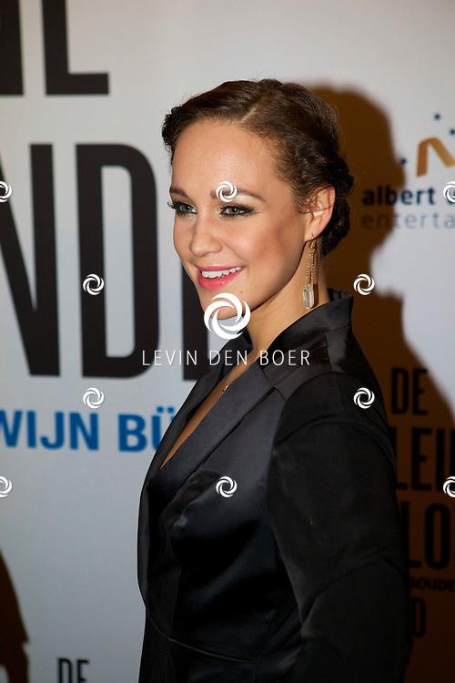 DEN HAAG - De premiere van 'De Kleine Blonde Dood'. Met hier op de foto  Anouk Maas. FOTO LEVIN DEN BOER - PERSFOTO.NU