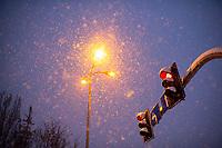 Bialystok, 16.01.2021. Gwaltowny atak zimy, w ciagu paru godzin przybylo kilkanascie centymetrow sniegu N/z zasypana sniegiem ulica Mickiewicza fot Michal Kosc / AGENCJA WSCHOD