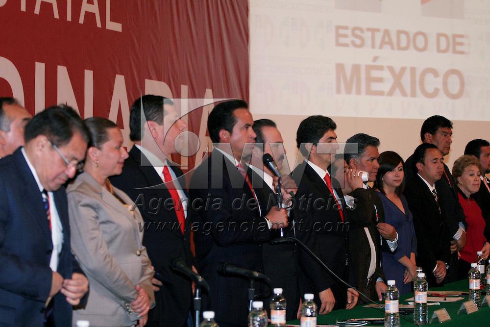 Toluca, Mex.- Ricardo Aguilar Castillo, presidente del Comité Directivo Estatal del Partido Revolucionario Institucional (PRI), encabezó la XXXVII sesión ordinaria de consejo donde se aprobaron los programas de trabajo del ICADEP y de la Fundación Colosio del 2010. Agencia MVT / José Hernández. (DIGITAL)<br /> <br /> NO ARCHIVAR - NO ARCHIVE
