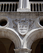 Detail of the exterior of the Doge's Palace, Venice. Built in Venetian Gothic style the palace was the residence of the Doge of Venice (the supreme authority of the rublic of Venice). It is now open as a museum.