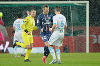 FOOTBALL - FRENCH CHAMPIONSHIP 2012/2013 - L1 - PARIS SAINT GERMAIN v OLYMPIQUE MARSEILLE - 24/02/2013 - PHOTO JEAN MARIE HERVIO / REGAMEDIA / DPPI - DAVID BECKHAM (PSG) / JOEY BARTON (OM)