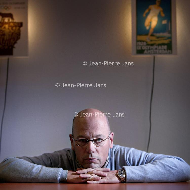 Nederland, Amsterdam , 14 december 2009..Charlie (Charles) Urbanus, voormalige Nederlandse Honkballer en anno 2007 lid van de Stichting Topsport Amsterdam, coacht hij het eerste juniorenteam van Amsterdam Pirates en verzorgt hij honkbalcommentaar bij NOS Studio Sport..Foto:Jean-Pierre Jans