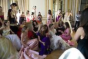 Crillon Debutante Ball 2007, Getting Ready. Crillon Hotel Paris. -DO NOT ARCHIVE-© Copyright Photograph by Dafydd Jones. 248 Clapham Rd. London SW9 0PZ. Tel 0207 820 0771. www.dafjones.com.
