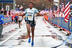 Hagos Gebrhiwet of Ethiopia wins the men's BAA 5K in 13:42