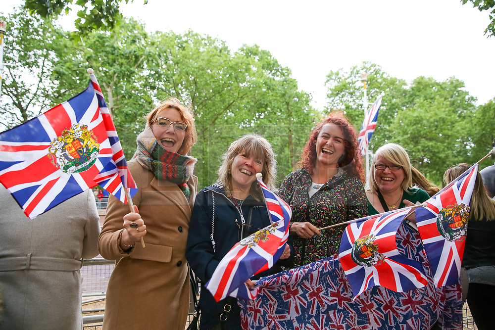 © Licensed to London News Pictures. 08/06/2019. London, UK. Royal fans from Devon arrived in the Mall at 7am for the Trooping the Colour ceremony to marks the 93rd birthday of Queen Elizabeth II, Britain's longest reigning monarch. Photo credit: Dinendra Haria/LNP