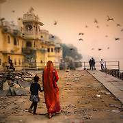 Udaipur has many docks around its touristic Pichola lake.