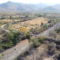 Tapaire, Choluteca. One of many dried-up rivers. Climate change and poor water resource management has caused many rivers to dry up, and water scarcity has become a serious problem for the communities in the region.