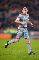EINDHOVEN, THE NETHERLANDS - Tuesday, December 9, 2008: Liverpool's Jay Spearing in action against PSV Eindhoven during the final UEFA Champions League Group D match at the Philips Stadium. (Photo by David Rawcliffe/Propaganda)