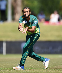 Cape Town-181006-South African spin bowler Imran Taheer bowls out Zimbabwean Solomon Mire  in the 3rd ODI match at Boland Park cricket stadium. .Photographer:Phando Jikelo/African News Agency(ANA)