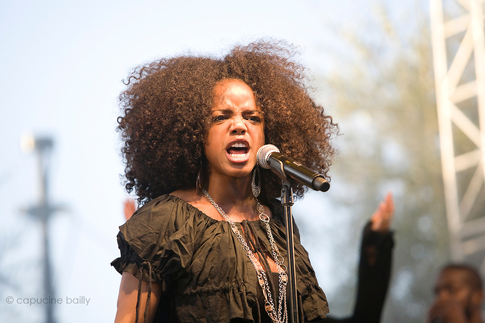 Nice (Cimiez), France. July 25th 2009. .Leela James performs at the Nice Jazz Festival.