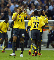 Photo: Chris Ratcliffe.<br /> Arsenal v Barcelona. UEFA Champions League Final. 17/05/2006.<br /> Thierry Henry tells his team to think.